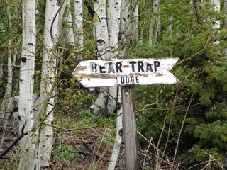Beartrap sign